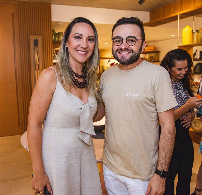 Flavia Rodrigues E Ramiro Mendes