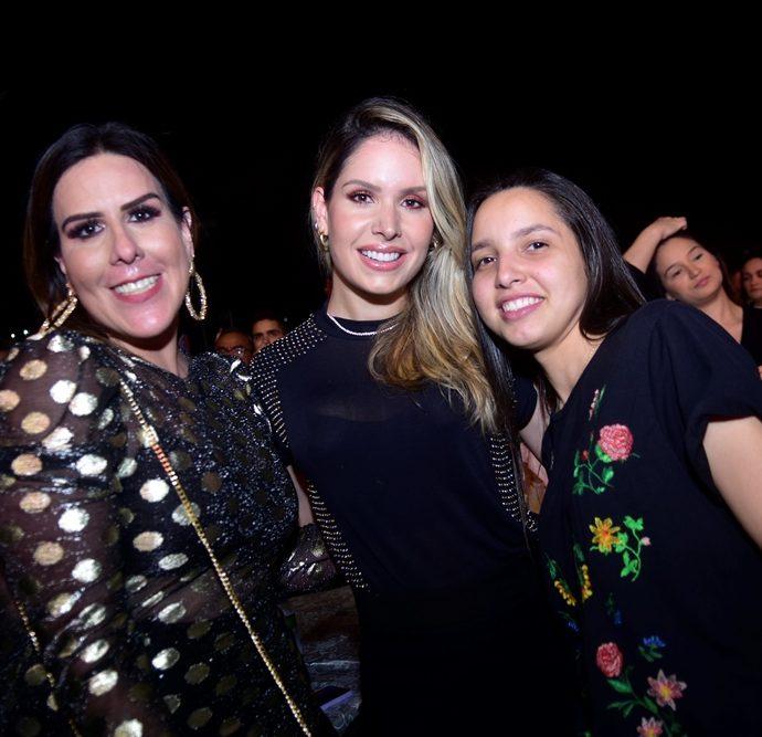 Germana Pontes, Thyane Datas, Mayra De Oliveira