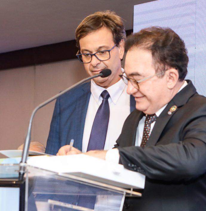 Gilson Machado E Manoel Linhares
