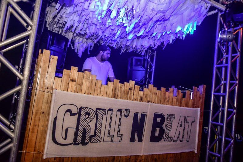 Grill'N Beat - Com open parrilla e open bar, Prainha do Colosso reúne uma turma das boas durante o weekend