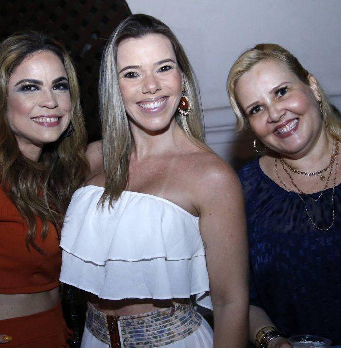 Heline Da Hora, Andrea Carla E Conceicao Abrantes