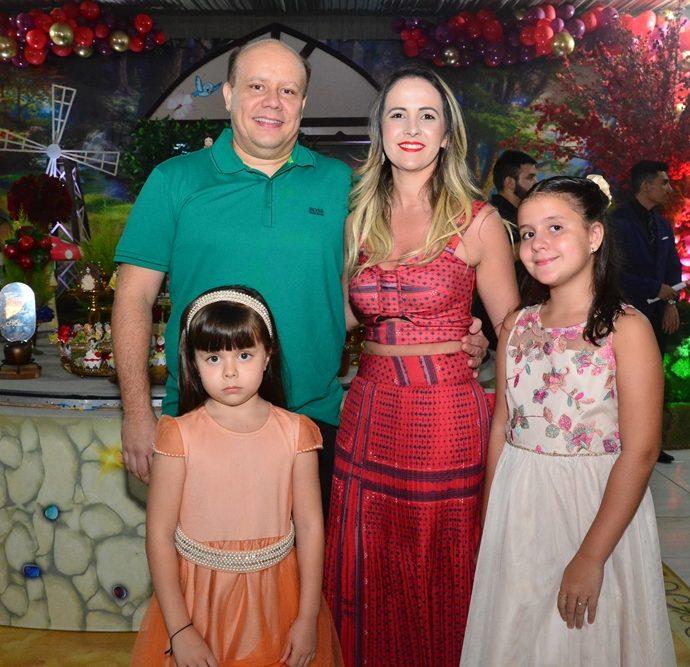 Igor Barreira, Adria Feitosa, Sofia E Yasmin Barreira