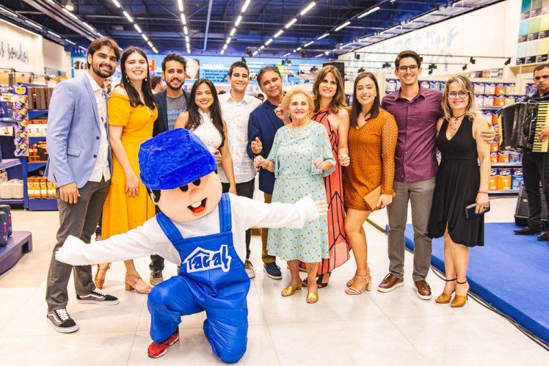 Inovando para crescer - Com investimentos da ordem de R$ 10 milhões, Acal inaugura megastore na Aldeota