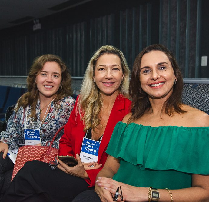 Isabela Ney, Carmen Rangel E Larissa Aguiar