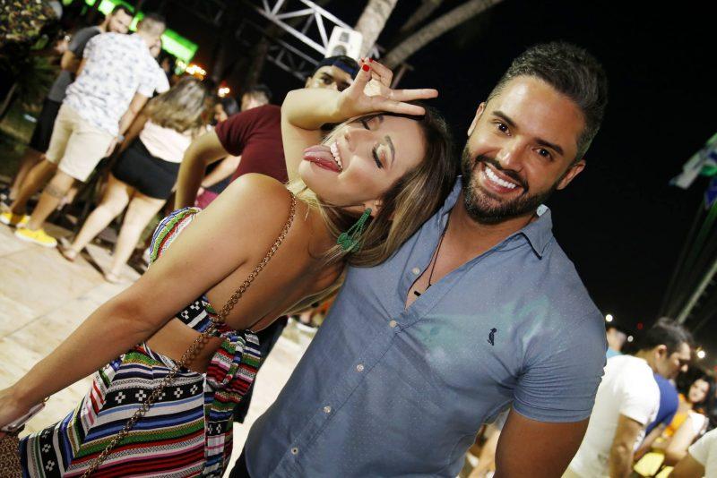 Sunset Party - Iate Sunset atrai uma turma festeira até o Iate Clube de Fortaleza