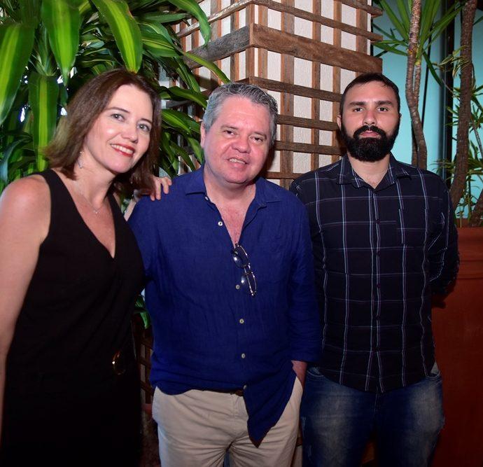 Izabela Martan, Fabio Campos, Atila Varela.