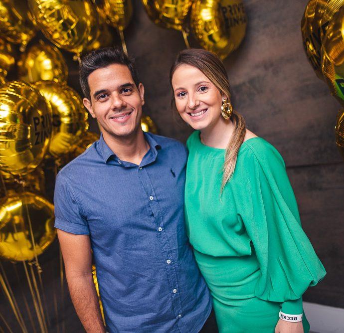 Jarder Oliveira E Juliana Bortolou