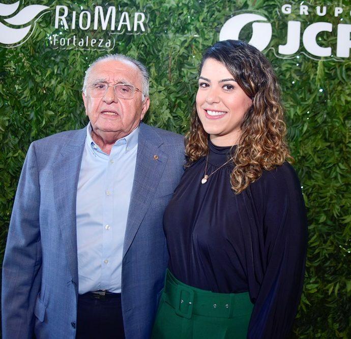 João Carlos Paes Mendonça E Juliana De Fátima
