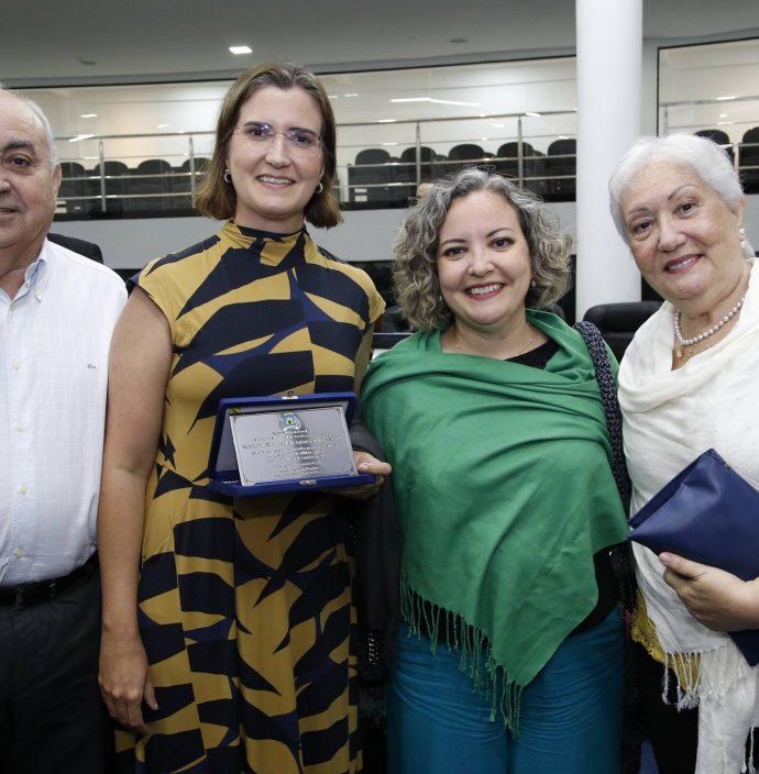 Joao, Manoela, Joana E Laura Nogueira