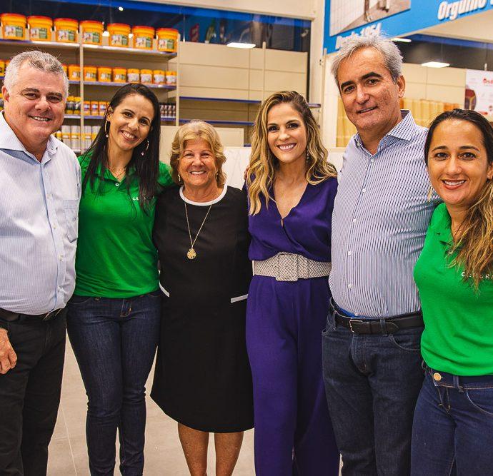 Juarez Junior, Daniela Ribeiro, Lucia Mota, Mariana Mota, Jose Nilson Junior E E Solange Lemos