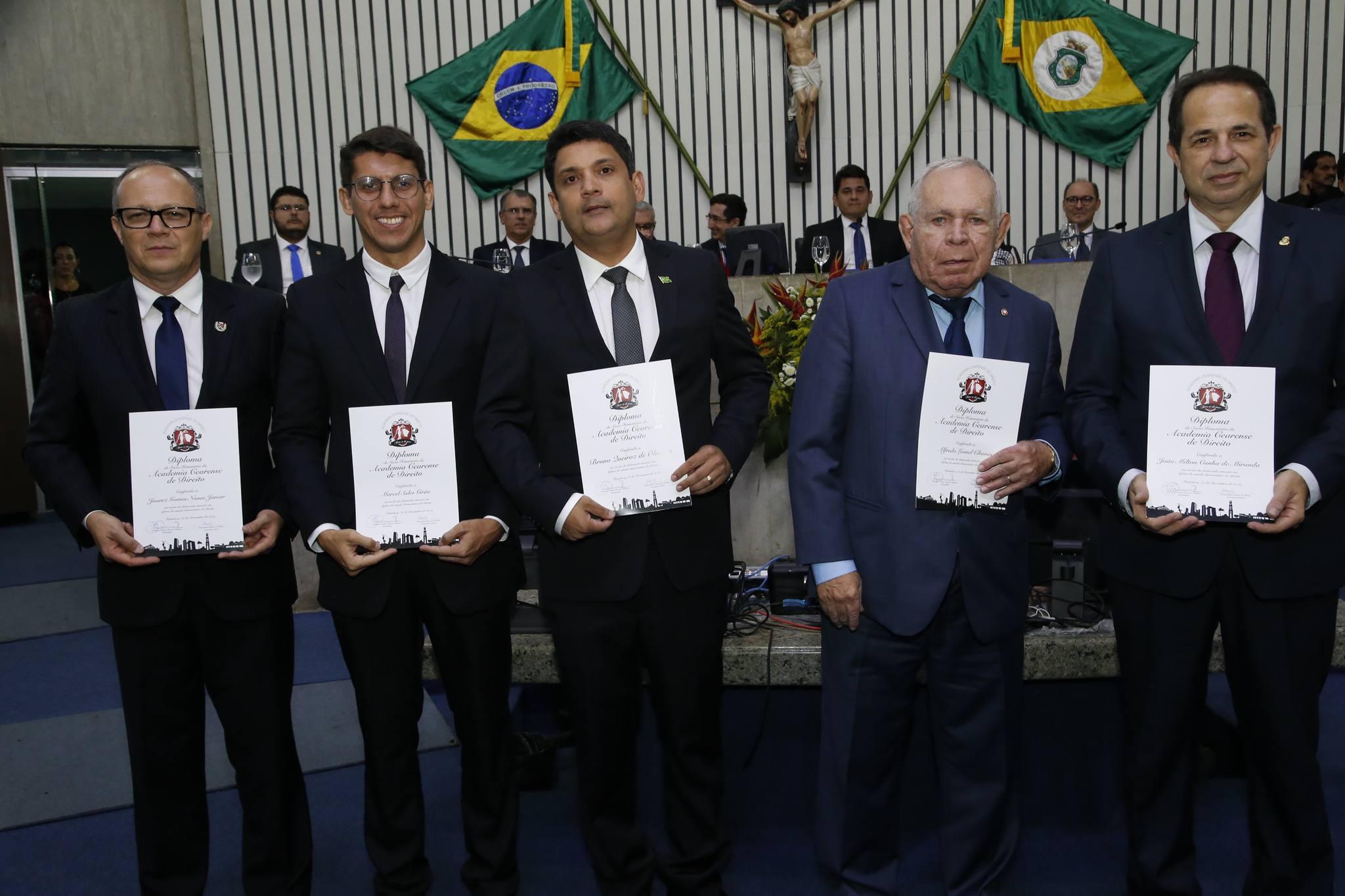 Academia Cearense de Direito ganha homenagem na Assembleia Legislativa do Ceará