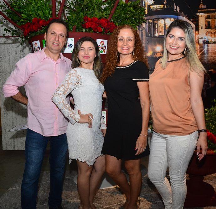 Júnior Quintela, Diliane Procópio, Michele Aguiar E Luana Monteiro
