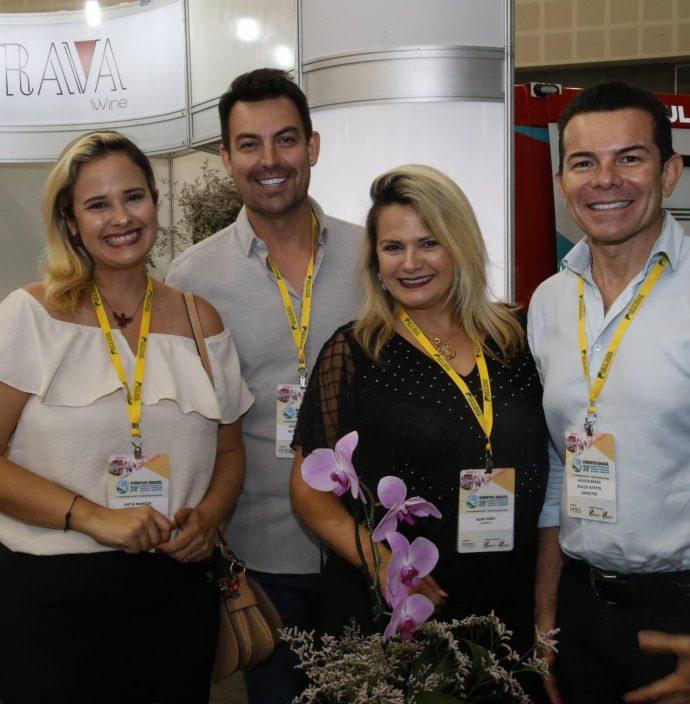 Katia Mamede, Roberto Alves, Alda Iodes E Jackson Braga