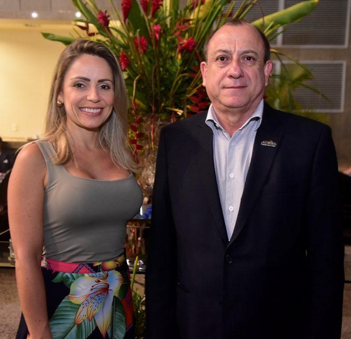 Keila Moreira E Tony Sando