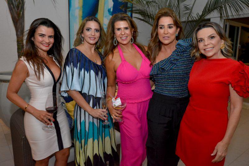 Lara Morais, Michele Aragão, Alexandra Pinto, Ana Vladia Sales E Lilian Porto