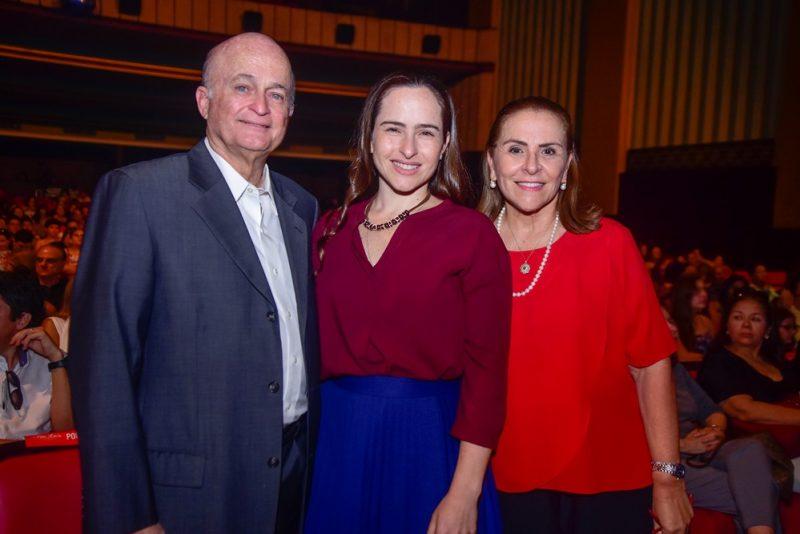 Lauro, Bia E Beatriz Fiuza