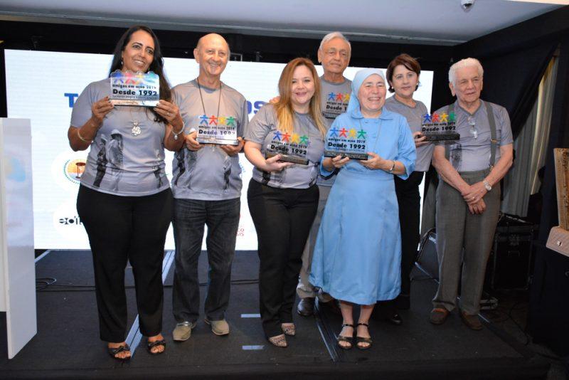 Leilão solidário - XVI Leilão de Obras de Arte Amigos em Ação mistura solidariedade e esperança no Gran Marquise Hotel