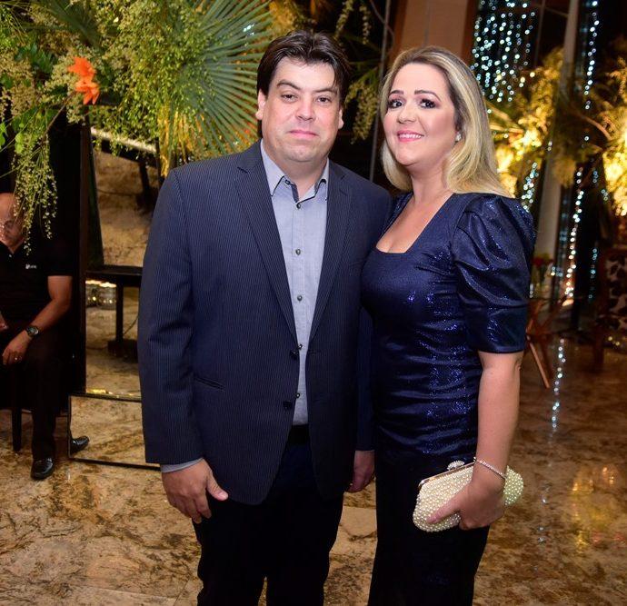 Leo Farias E Sheslyda Farias