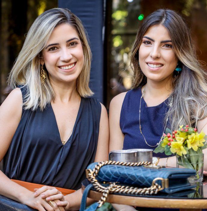 Liana Sa E Patricia Santiago
