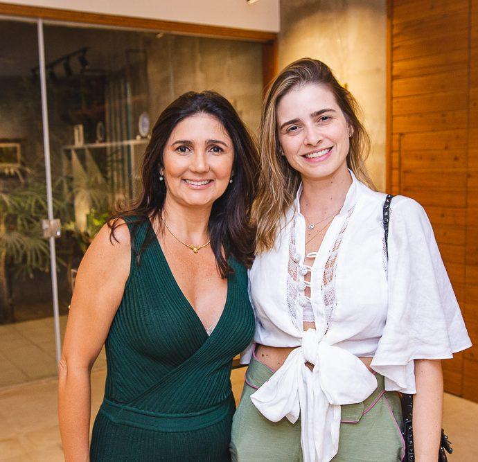 Luciana Cidrao E Gisele Franck