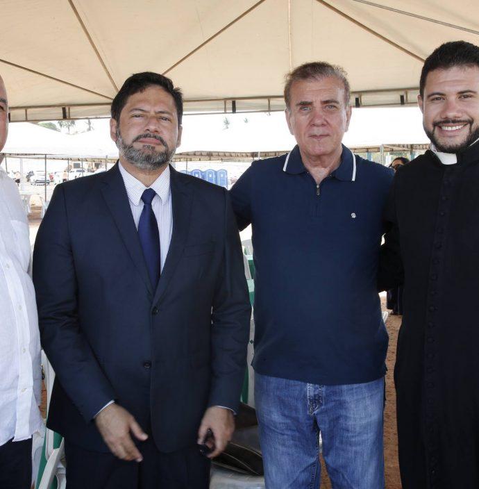 Luciano Cavalcante, Pator Ricardo, Luiz Antonio E Padre Washington