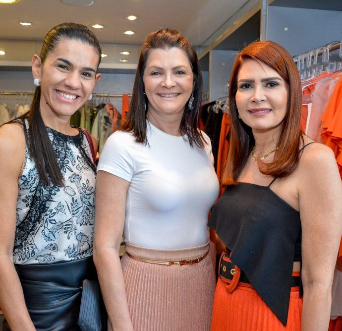 Luda Amaral, Liliana Farias E Lorena Pouchain