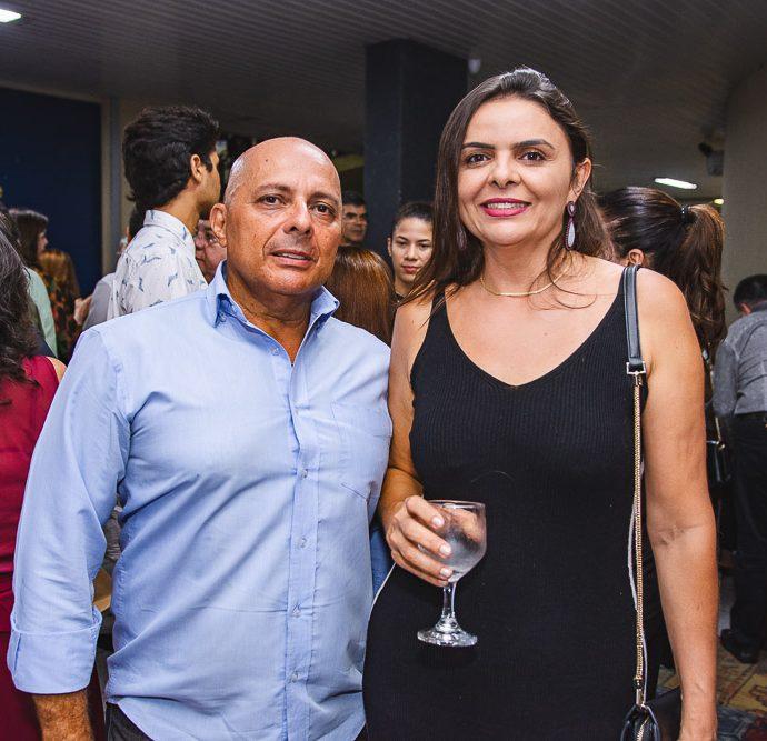 Luis Carlos Bastos E Lucineide Carvalho