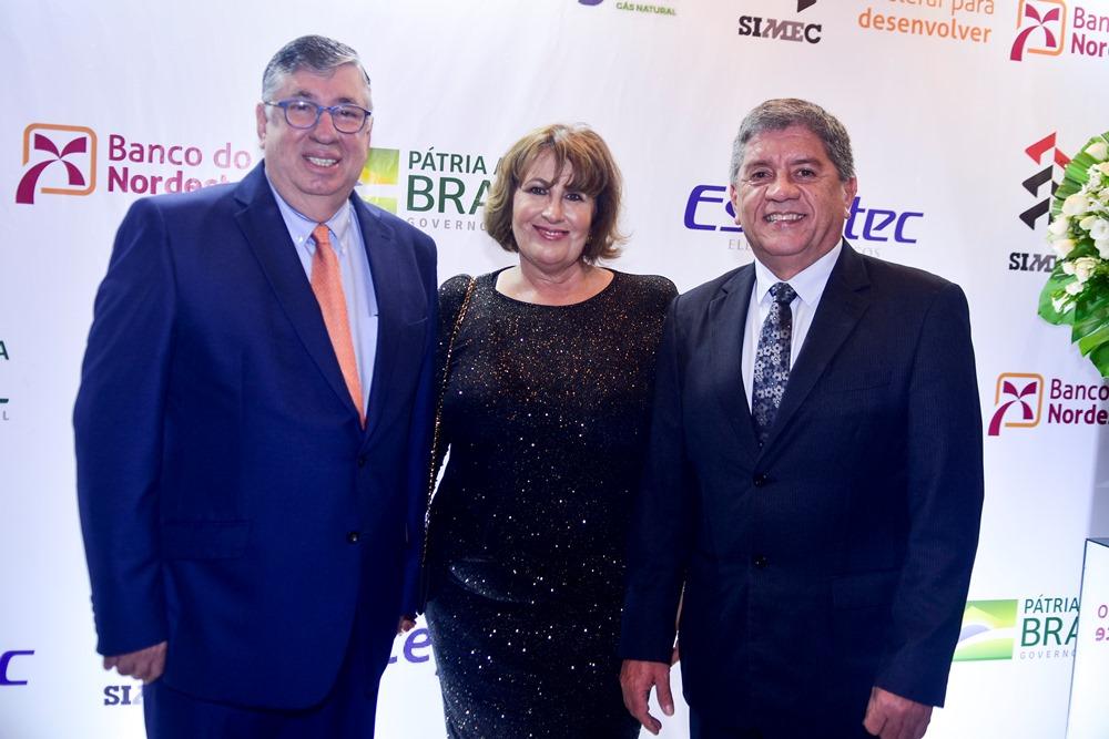 Maia Junior e Annette de Castro são homenageados com a comenda Sebastião de Arruda Gomes 2019