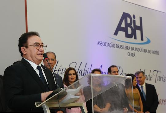 Manoel Linhares eleito vice-presidente do Conselho da nova Embratur
