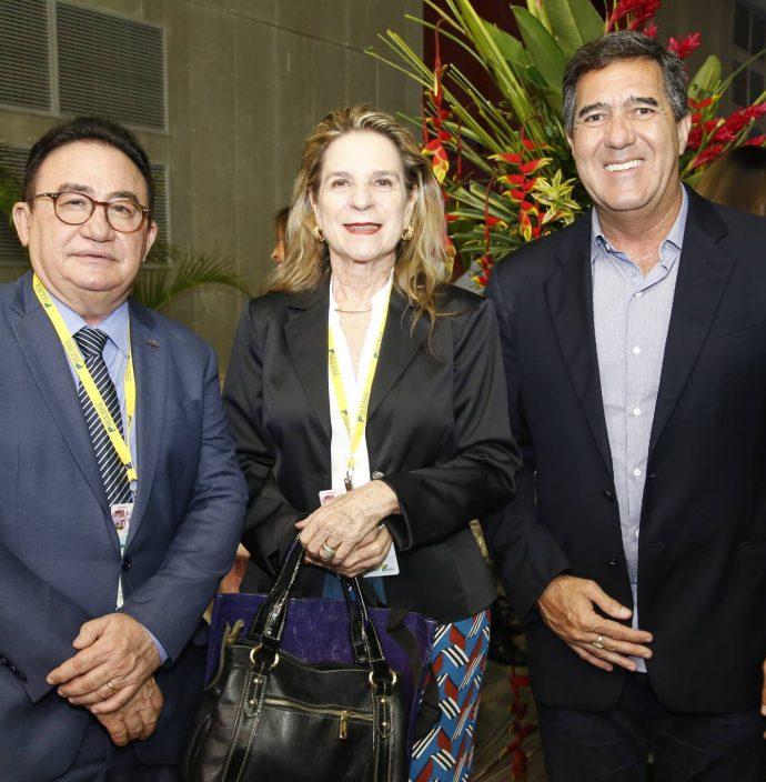 Manuel Linhares, Anya Ribeiro E Luiz Gastao