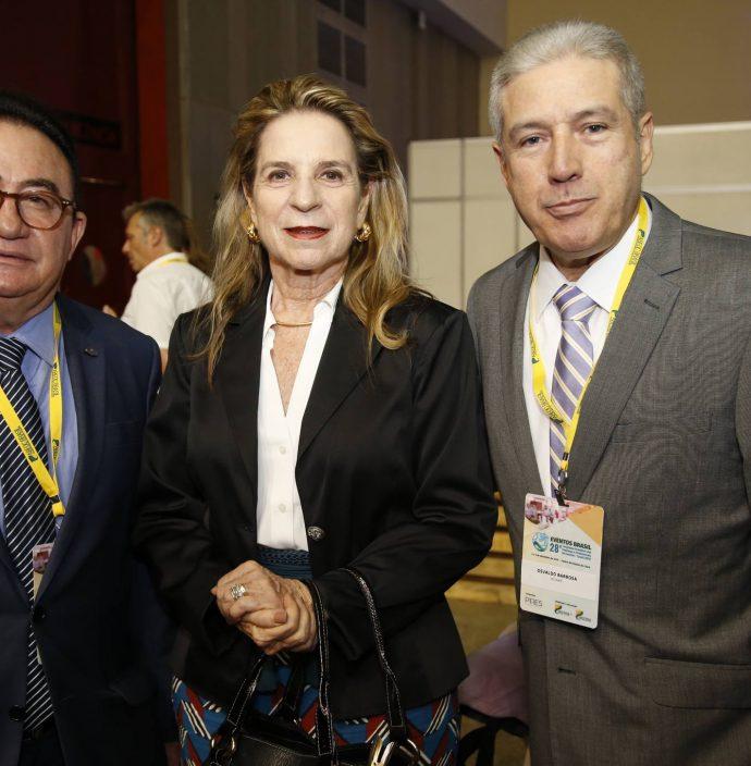 Manuel Linhares, Anya Ribeiro E Osvaldo Barbosa