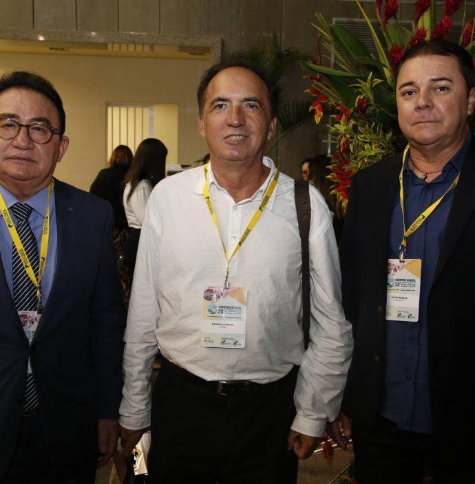 Manuel Linhares, Rogerio Almeida E Eliseu Barros