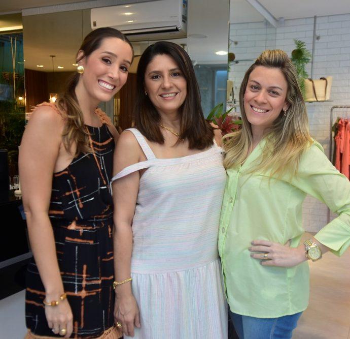 Manuela Melo, Rosãngela Melo, Ana Luyza Ribeiro