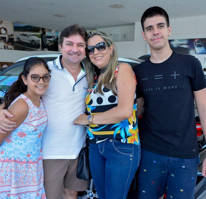Maria Beatriz, Oritonho, Italo E Wilma Santos