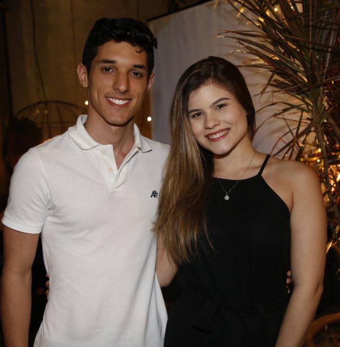 Matheus Rolim E Carolina Cavalcante