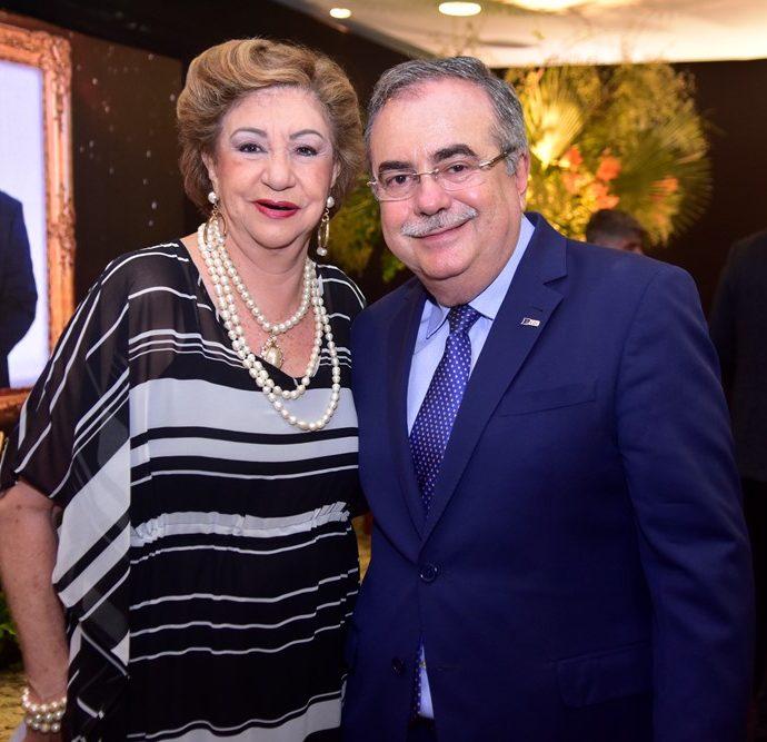 Mazé Campos E Assis Cavalcante