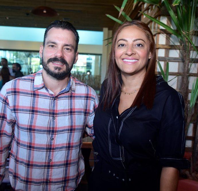 Miguel Filho E Michele Ribeiro