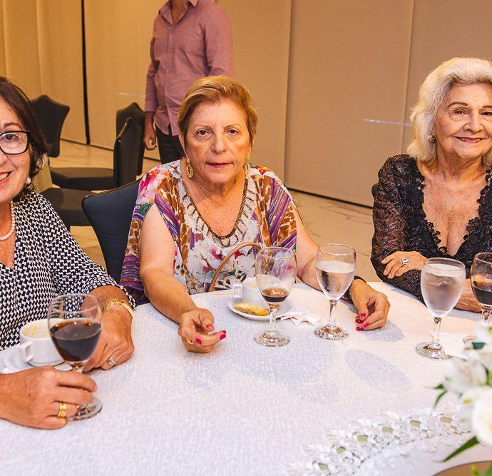 Mirna Martorano, Thereza Holanda E Leonan Moreira