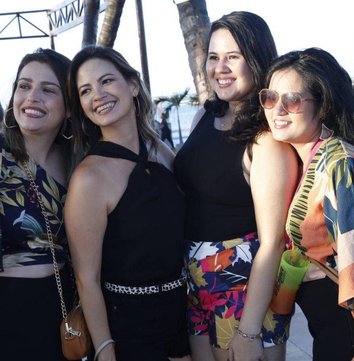 Monique Salamo, Joana Brandao, Nathalia Macedo E Akeme Yanomoto