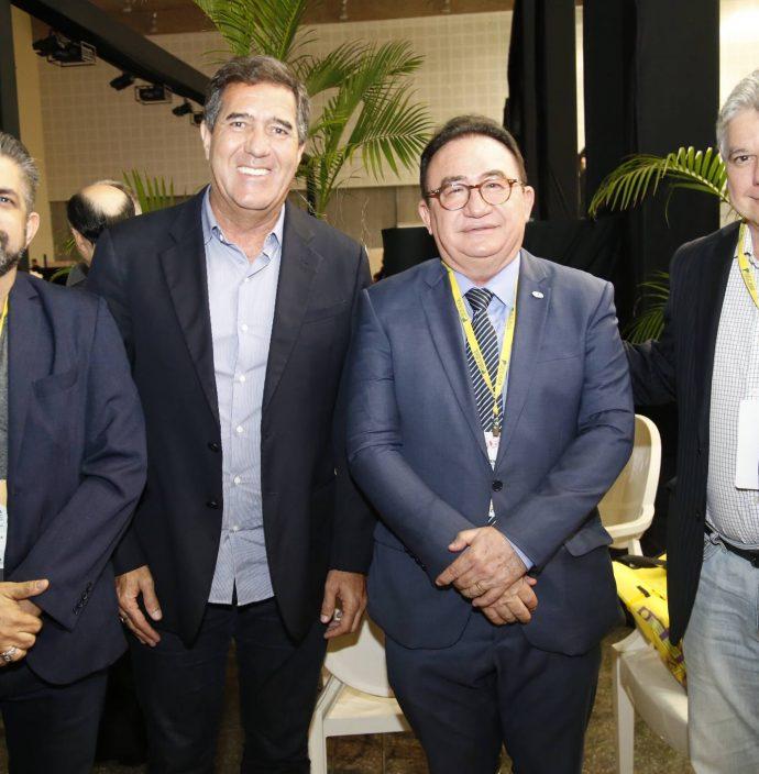 Naugusto Freire, Luiz Gastao, Manuel Linhares E Chico Esteves