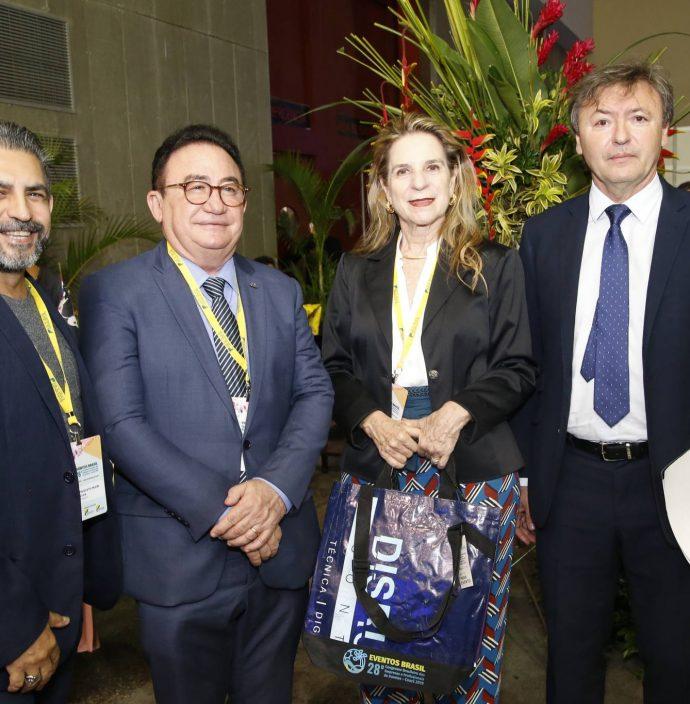 Naugusto Freire, Manuel Linhares, Anya Ribeiro E Mauricio Filizola