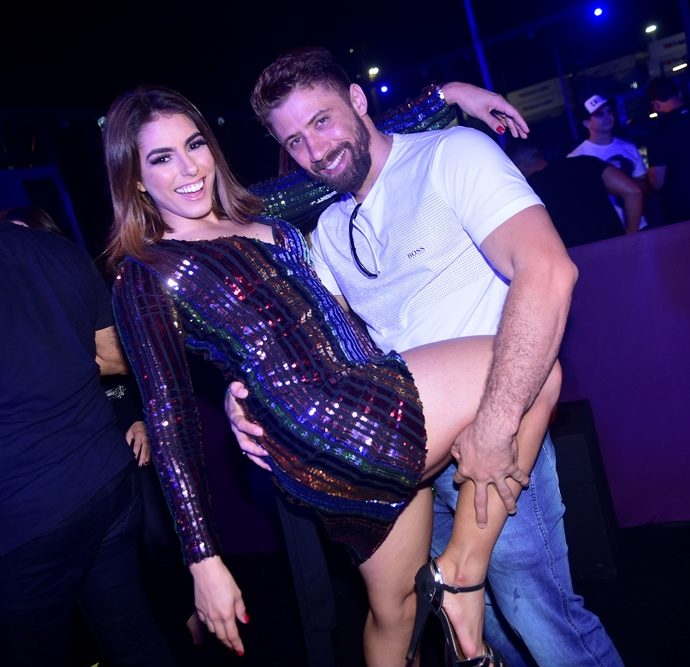 Nina Brandão E Adan Ximenes
