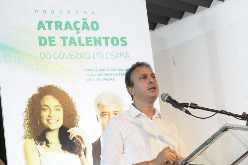 Camilo Santana empossa novos gestores das Regiões de Saúde do Ceará