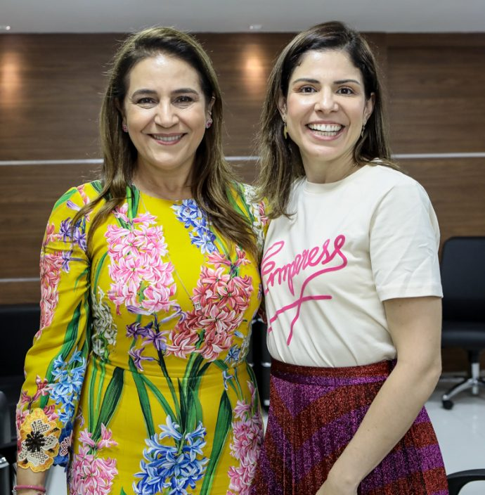 Patricia Macedo E Carol Bezerra
