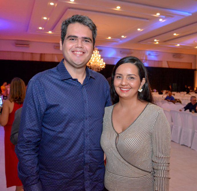 Pedro Farias E Fabrícia Andrade