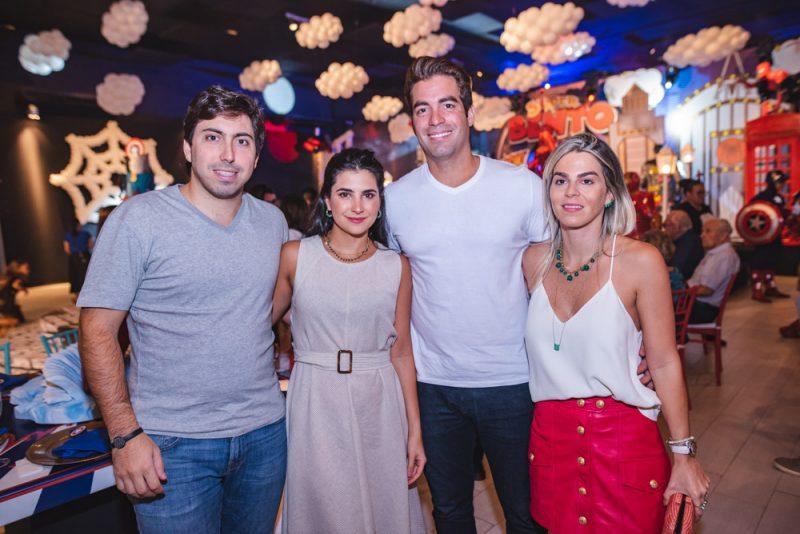 Comic party - Transbordando alegria, Gil Santos e Denise Bezerra celebram o terceiro aniversário de Bento
