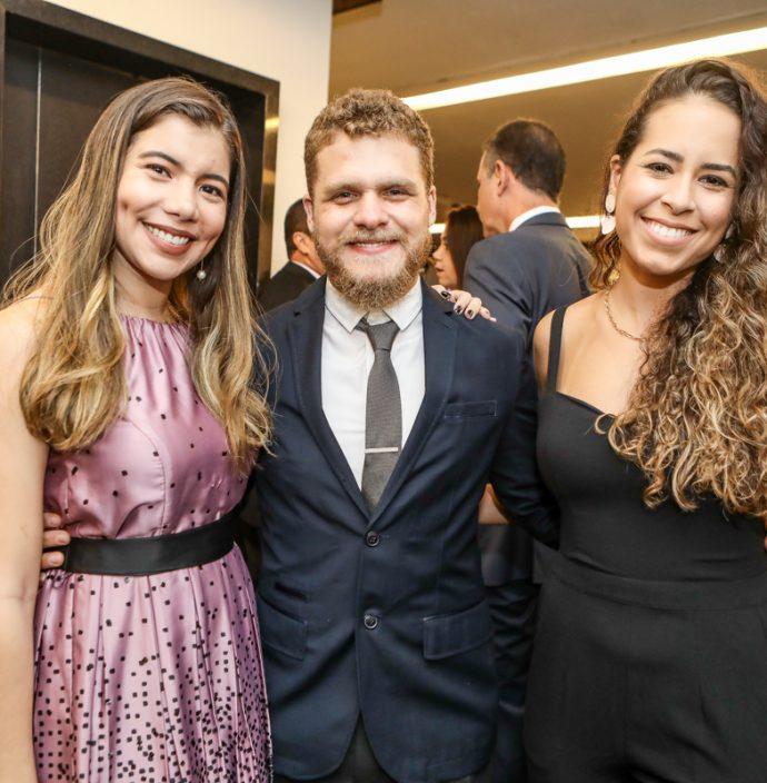 Raquel Sobreira, Antonio Mourao E July Girao