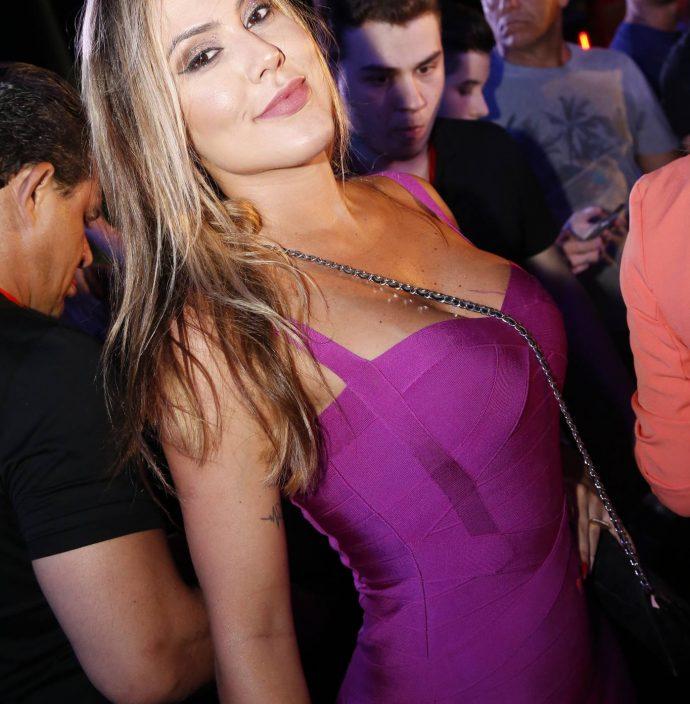 Renata Quadros 1