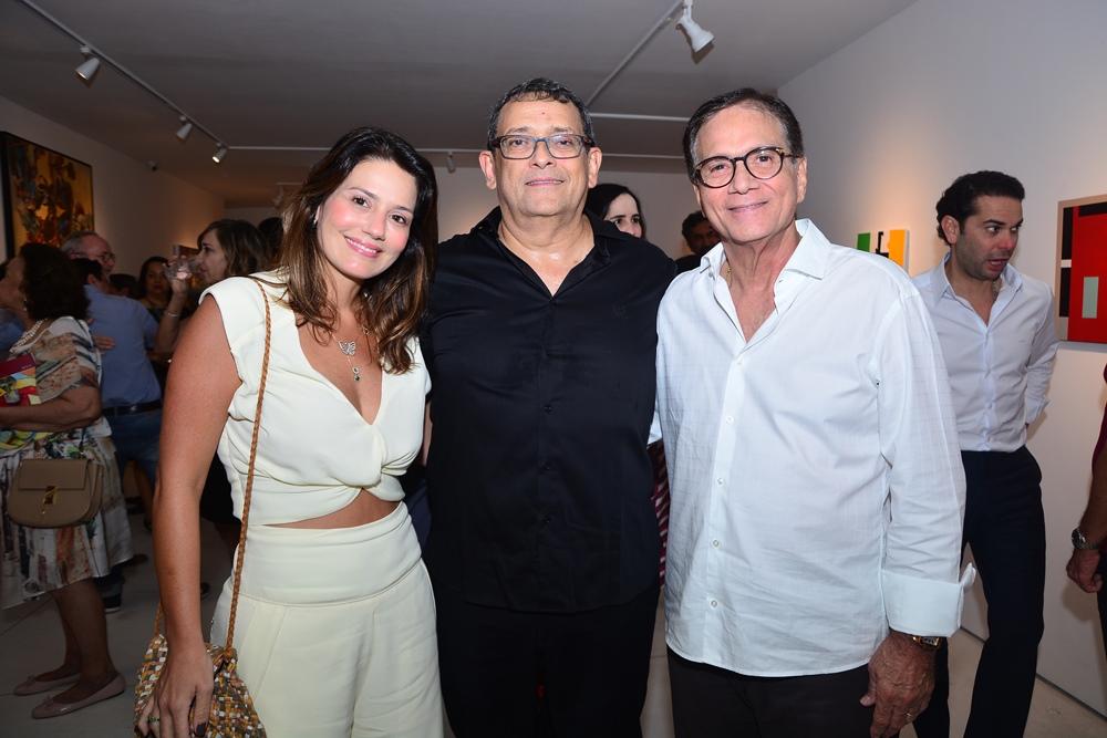 Com vernissage inédita, José Guedes reúne os amantes das artes para celebrar os 5 anos da Casa D'Alva
