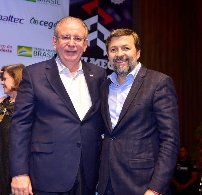 Ricardo Cavalcante, Élcio Batista